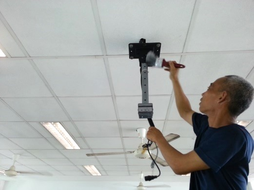 general projector maintenance and cleaning 1